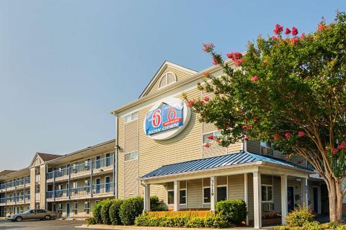 . Motel 6-Fayetteville, NC - Fort Bragg Area