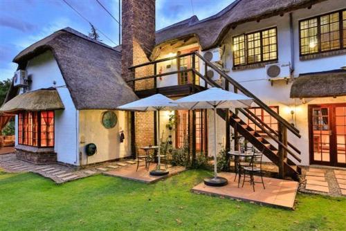 Villa Dor Guest House (B&B)