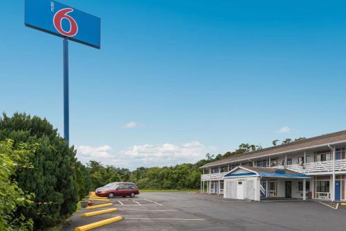 Motel 6-Parkersburg, Wv