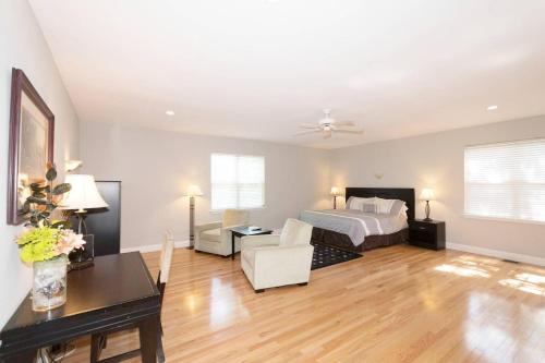 LARGE 5BD/3BA HOME 20min to DOWNTOWN DC