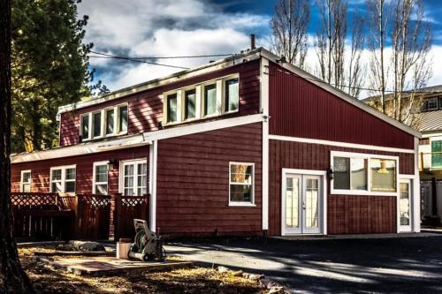 Vacation In The Village - Big Bear Lake, CA 92315