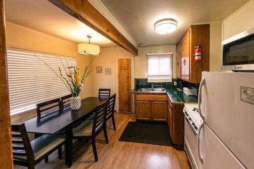 Woodchuck - Big Bear Lake, CA 92333
