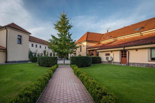 . Chateau Krakovany