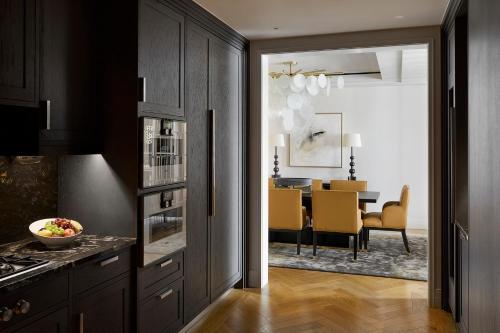 Four Seasons Hotel London at Ten Trinity Square photo 62