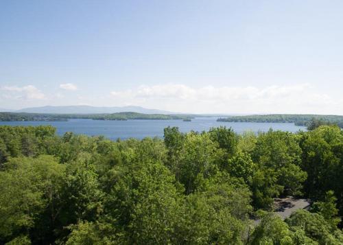 . Lake Winni - Condo - 205