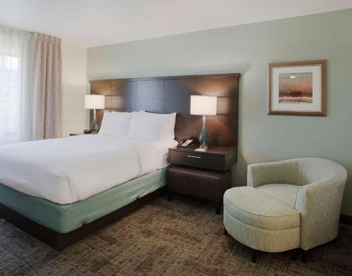 staybridge suites fayetteville ar