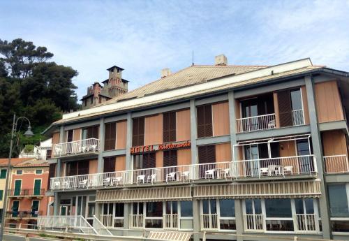. Hotel Maggiore