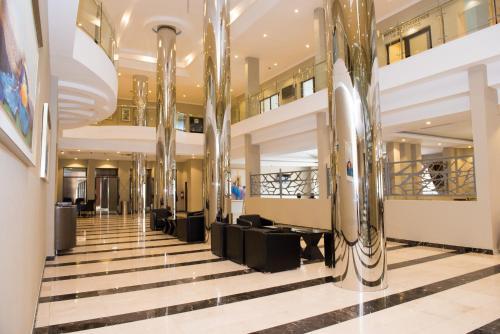 . Crossroads Hotel Blantyre
