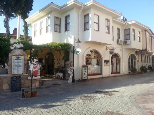 Antalya Konukzade 36 Hotel yol tarifi