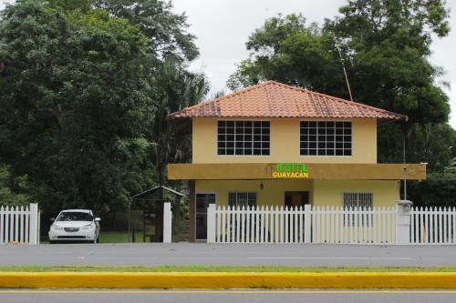 . Hostel Guayacan