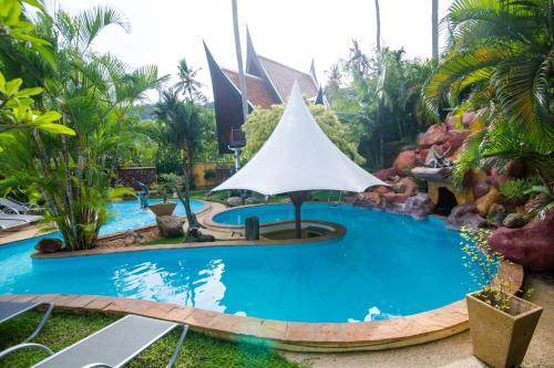 Coco Palace Resort Coco Palace Resort