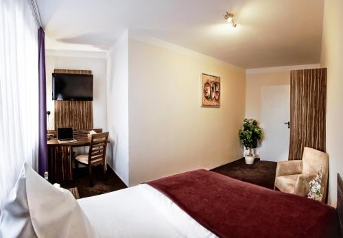 Hotel Famosa photo 10