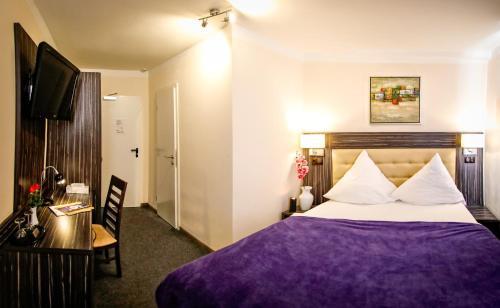 Hotel Famosa photo 11