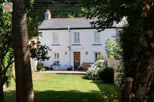 Violet Cottage, St Blazey, Cornwall