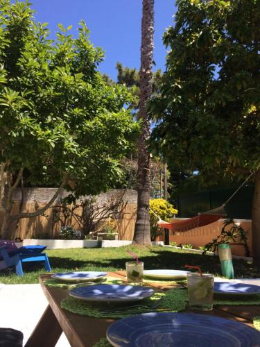 Alto do Estoril Guest House.  Mynd 1