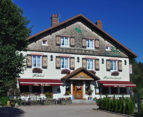 . Hôtel La Vallée