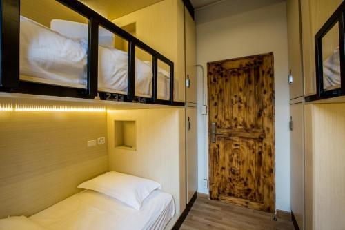 Bed to Bangkok photo 54