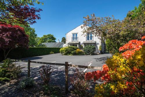 New Road, Windermere, Cumbria LA23 2LA, England.