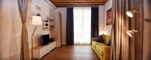 Your Venetian Dream room photos