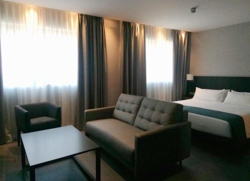 HG City Suites Barcelona photo 13