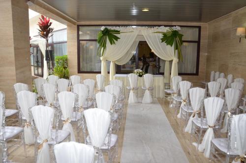 Фото отеля Djeuga Palace Hotel