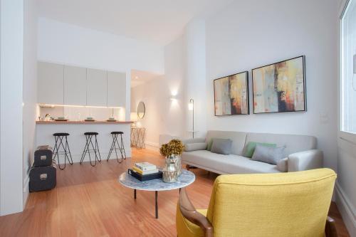 Liiiving in Porto | Aliados Luxury Apartments, Pension in Porto