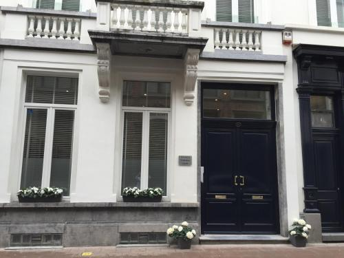 Antwerp Town House Accommodations