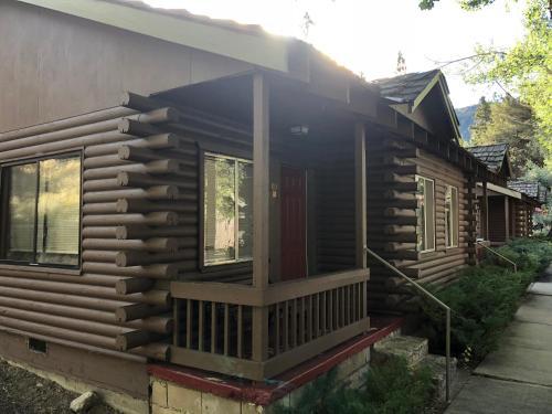 Whispering Pines - Accommodation - June Lake