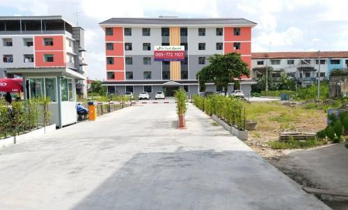 In Trust Apartel In Trust Apartel
