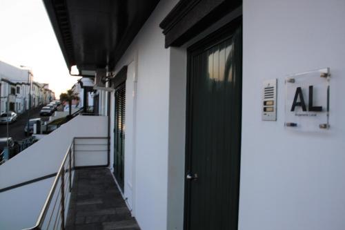 Apartamentos Vila Mar - Photo 4 of 63