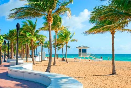 . Tropical Oasis Condos