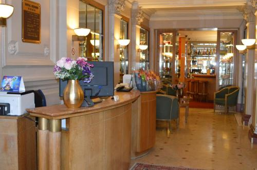 Hotel Royal Elysées photo 26