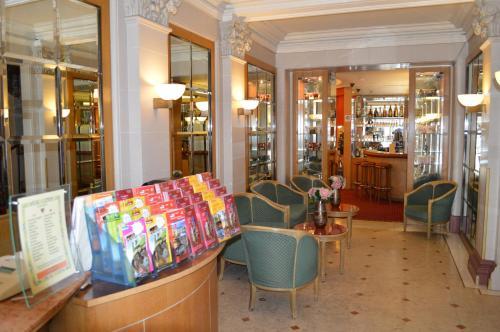 Hotel Royal Elysées photo 28