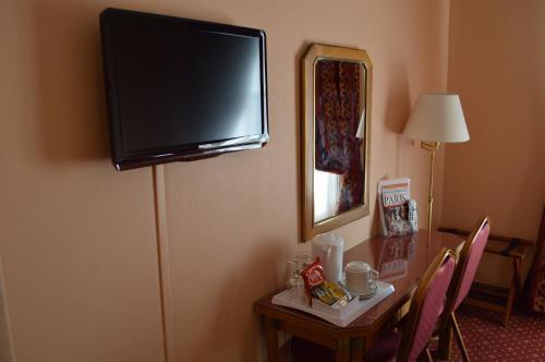 Hotel Royal Elysées photo 35