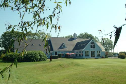 . Richmond Park Golf Club