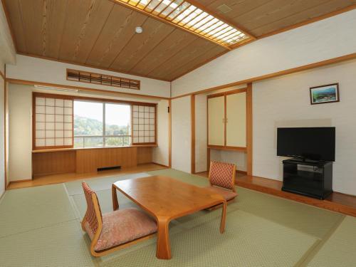 白樺湖美景日式旅館 Shirakabako View Hotel