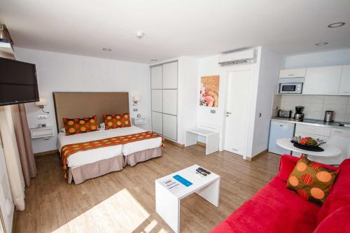 Hotel IG Nachosol Premium Apartments by Servatur (Adults Only) thumb-2