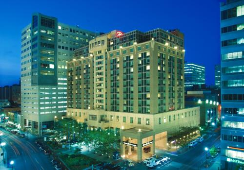 Hilton Harrisburg And Towers - Harrisburg, PA 17101