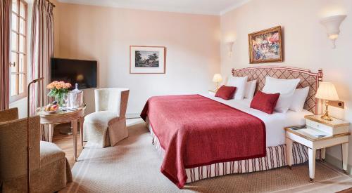 2490 avenue des Templiers, 06140 Vence, France.