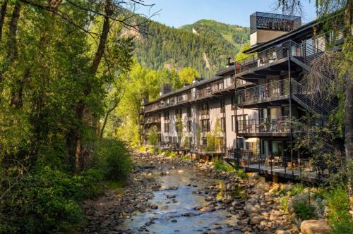 Chateau Roaring Fork Unit 7 - Aspen, CO 81611