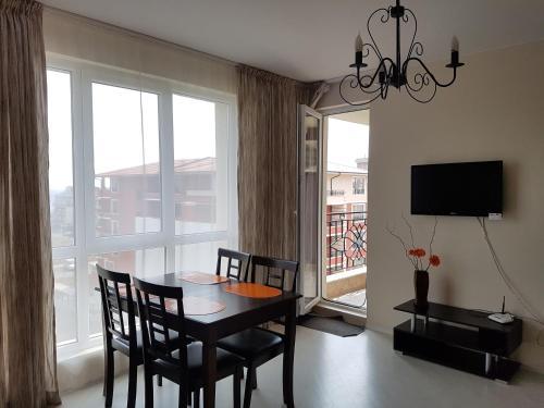 Mellia 4 Apartment