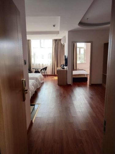 . Turfan Jinshang Hotel
