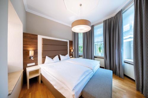 Hotel Haus Delecke room photos