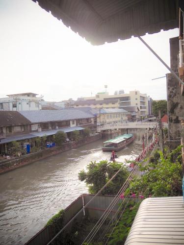 Baan Nampetch Hostel photo 29