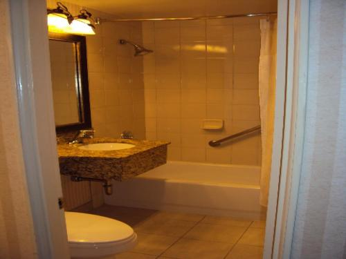 Crowne Plaza Hotel Mission Valley - San Diego, CA CA 92108