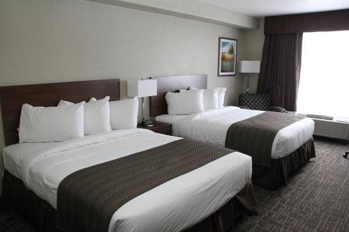 Days Inn & Suites By Wyndham Yorkton - Yorkton, SK S3N 0N5