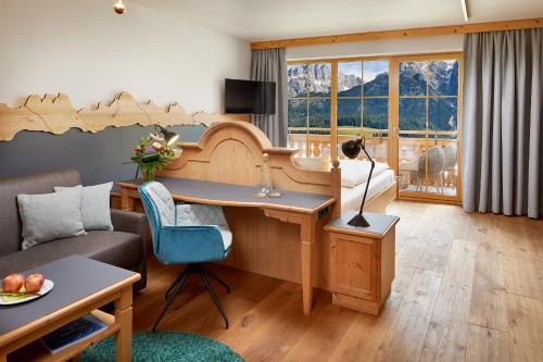 Фото отеля Hotel Riederalm