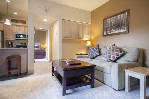 Rockies Condominiums - R2204 - Steamboat Springs, CO 80487