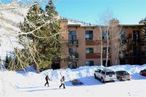 Storm Meadows Club B Condominiums - CB115 - Steamboat Springs, CO 80487
