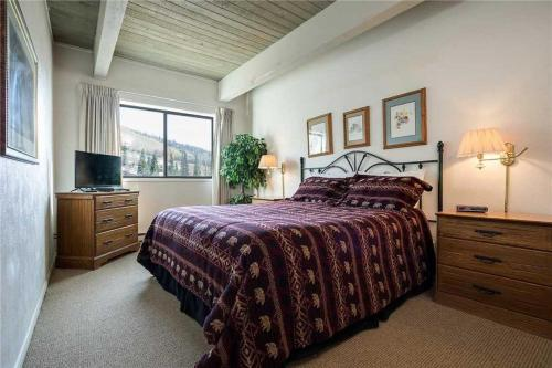 Storm Meadows Club B Condominiums - CB319 - Steamboat Springs, CO 80487